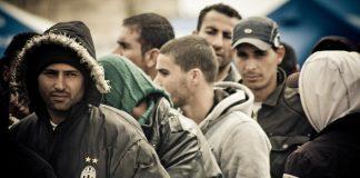 Arrivati oltre 70 migranti. Ad Avetrana gara di solidarietà