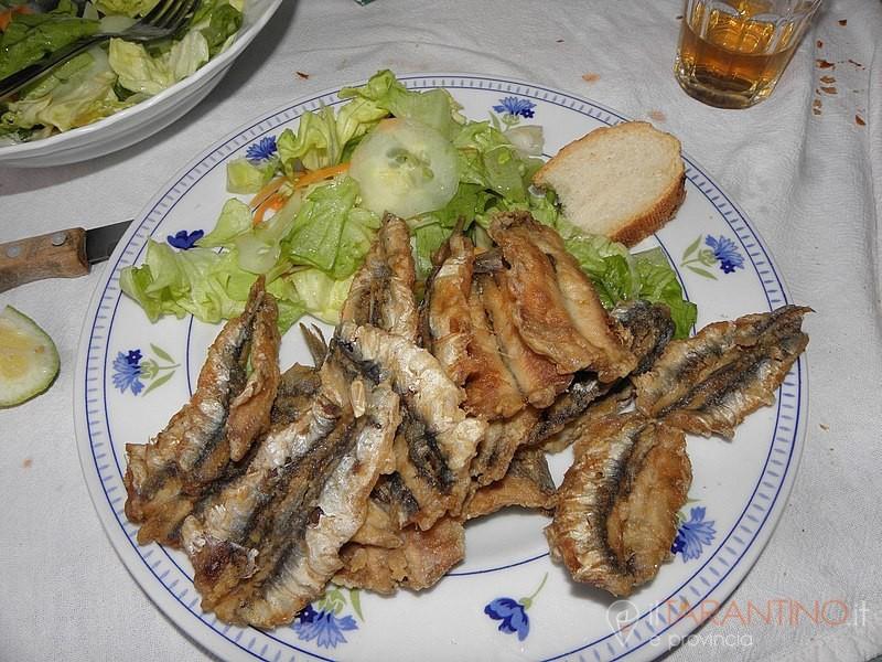 Ricetta alici fritte in pastella per mangiare il pesce azzurro