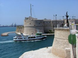 Servizio idrovia Taranto