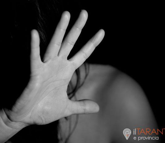 In arresto 19enne tarantino per maltrattamenti in famiglia