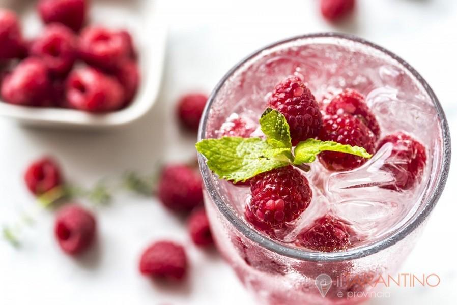 Ricetta smoothie ai frutti di bosco una bevanda rinfrescante