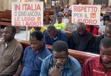 Sit-in nella Basilica San Nicola di Bari da braccianti stranieri