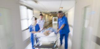 Assistenza al PS del SS Annunziata di Taranto. I pazienti sono seguiti dal primo istante