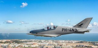L'aereo più veloce e leggero al mondo è nato a Monopoli