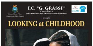 """""""Looking at Childhood"""". Mostra fotografica a Martina Franca"""