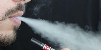 Muore in Usa uomo colpito da malattia respiratoria per e-cig