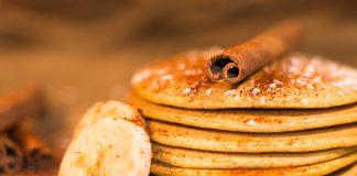 Ricetta pancake alla banana, cannella e sciroppo d'acero