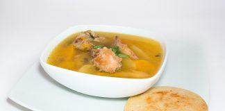 Ricetta zuppa di pollo e verdure un piatto completo