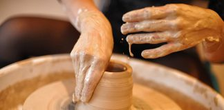 Il maestro di Grottaglie Motolese al Master Ceramist