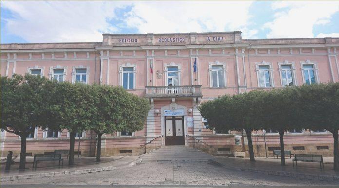 Lavori di ristrutturazione alla scuola Diaz di Laterza