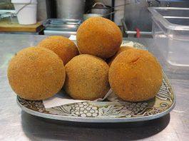 Ricetta arancini al burro croccanti fuori e ricchi di gusto