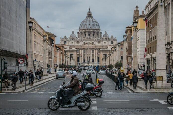 Roma nel caos con lo sciopero generale di oggi