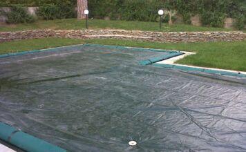 Come proteggere la piscina dall'inverno: ecco come fare