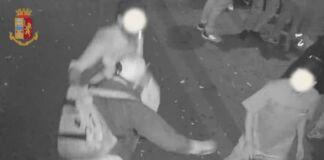 Aggressione davanti a un bar a Taranto. Quattro denunce