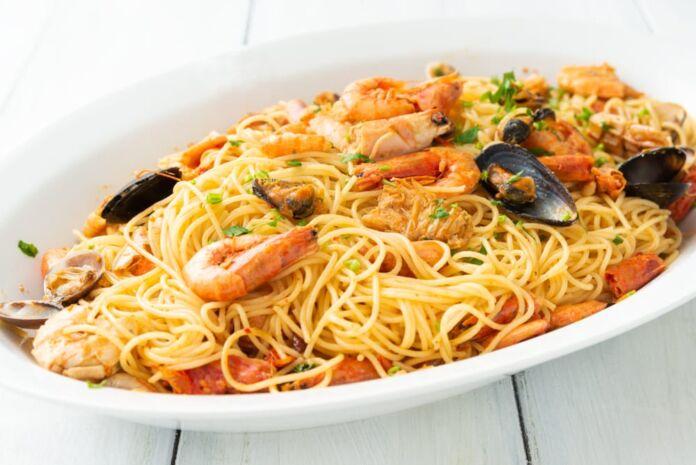 Ricetta Spaghetti allo Scoglio: un primo piatto gustoso