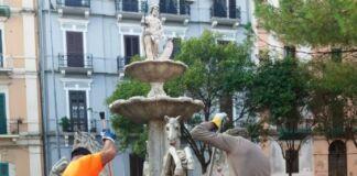 Servizio di Pulizia della Fontana di Piazza Bettolo a Taranto
