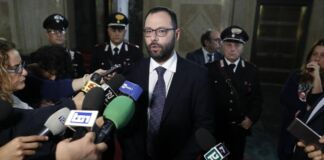 Patuanelli: presto verranno attivati 12 progetti nella Città Vecchia a Taranto