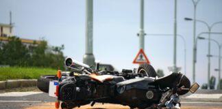 Incidente sulla strada tra Paolo VI e Statte ha portato un motociclista a perdere la vita. L'incidente si è verificato nella giornata di domenica.