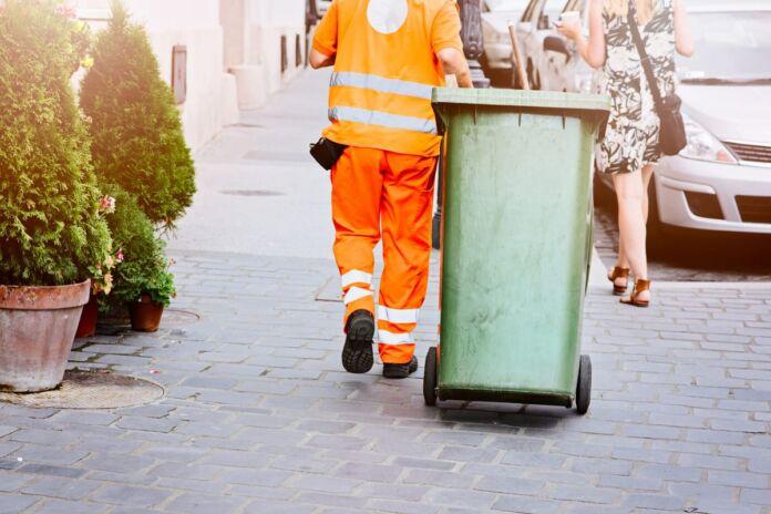 Castellaneta: parte il ritiro domiciliare di rifiuti urbani e pannolini per chi ha bisogno