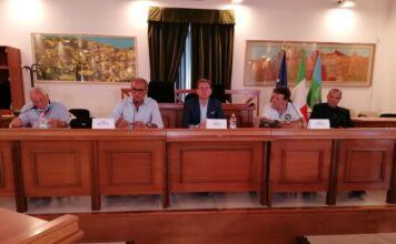 conferenza stampa covid-19
