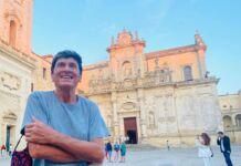 Gianni Morandi in vacanza promuove la Puglia