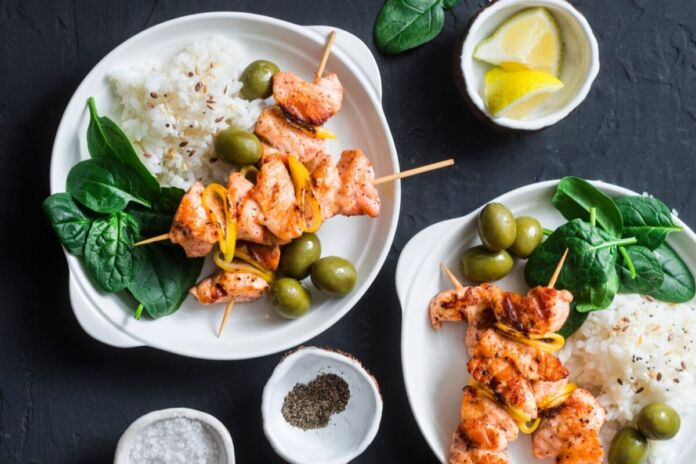 Ricetta Spiedini di Salmone marinati