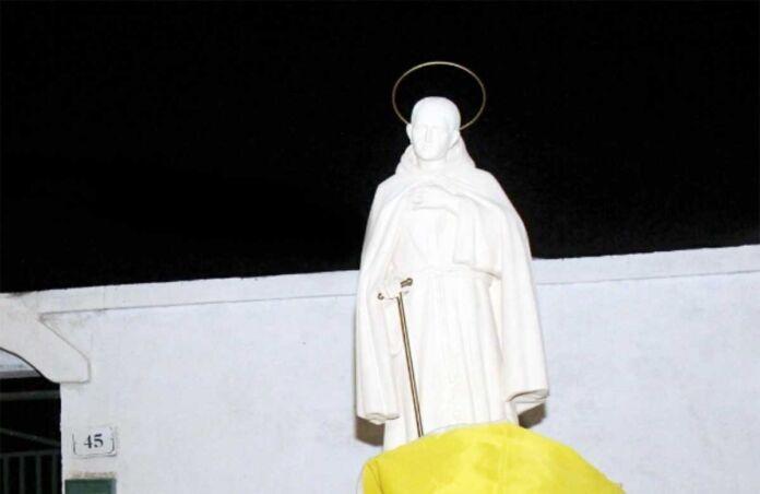 statua di Sant'Egidio Maria di San Giuseppe massafra