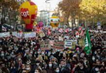 Marcia per la libertà black bloc guerriglia