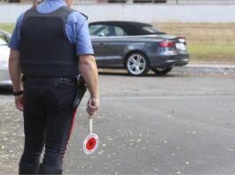 Taranto: fermate 19 persone per ricettazione d'auto