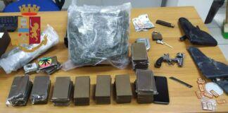 Taranto: trovati 40 panetti di hashish. Arrestato 39enne