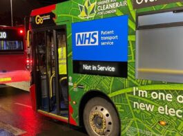 Autobus diventano ambulanze nella città di Londra