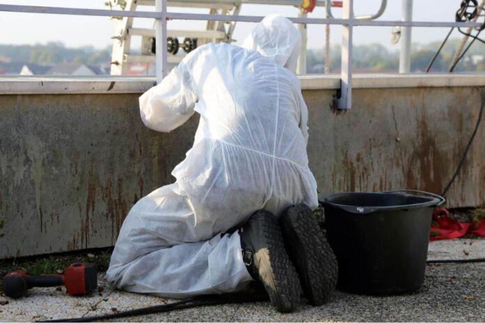 Taranto: rimozione amianto da strutture della Marina Militare