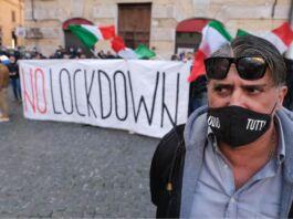 Ristoratori Mottola protestare