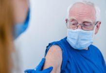 Vaccino over 80 prenotazioni e vaccini i numeri