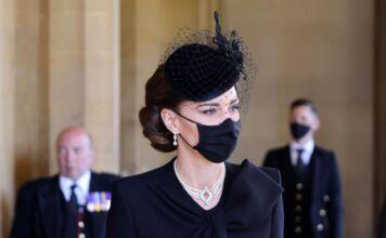 Kate indossa le perle di Diana al funerale del Principe Filippo