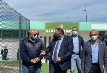 Melucci taglia il nastro del nuovo campo sportivo a Talsano