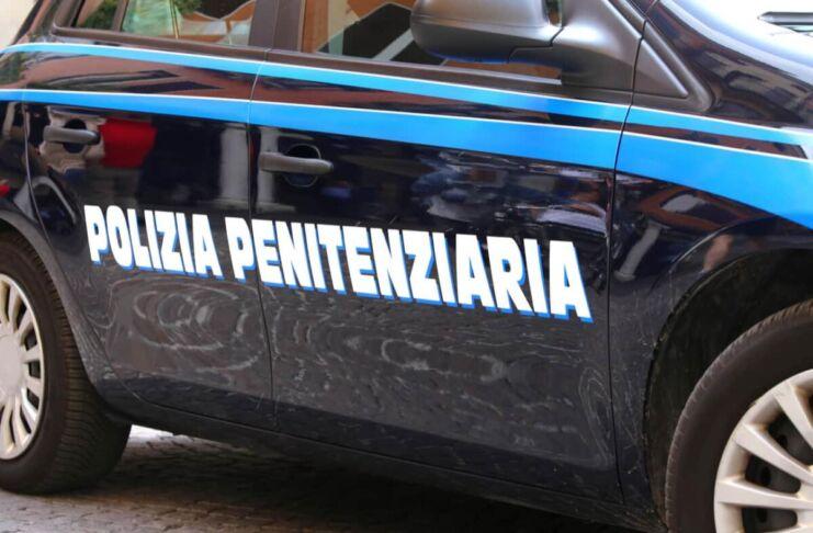 Carcere di Taranto: agenti trovano hashish e telefoni