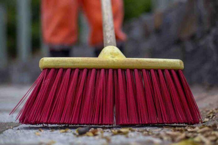 taranto pulizia strade