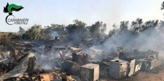 Grottaglie - incendio in discarica abusiva