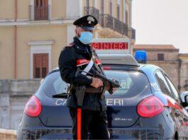 Arrestato con una pistola a Taranto
