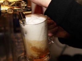scambiare iPhone con birre